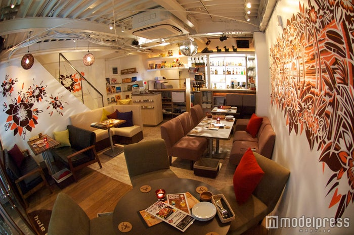 hole hole cafe&diner 新宿東口店/画像提供:エスエルディー