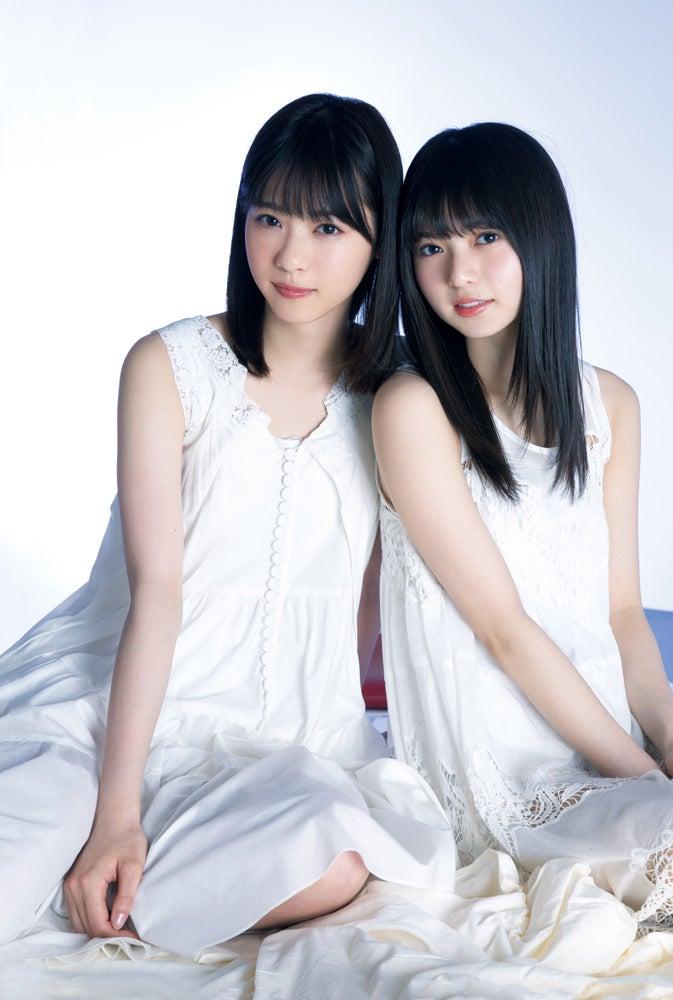 左から)西野七瀬、齋藤飛鳥/「週刊ビッグコミックスピリッツ」