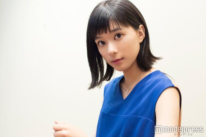 モデルプレスのインタビューに応じた芳根京子(C)モデルプレス