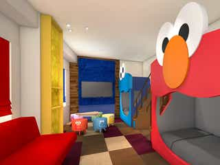 USJ新公式ホテルにセサミストリートやスヌーピーの部屋が登場 超ビッグフェイスのエルモが可愛い