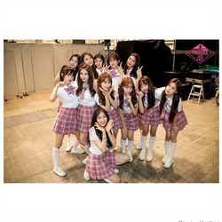 モデルプレス - 「PRODUCE48」1位~20位生存メンバー、AKB48握手会にサプライズ登場でファン熱狂