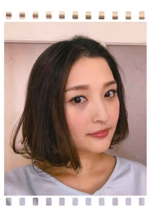 石川梨華、3年ぶり髪バッサリ ボ...