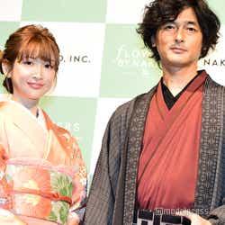 (左から)紗栄子、村松亮太郎氏(C)モデルプレス