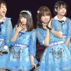 日本でもお笑い担当の中西智代梨(右) (C)モデルプレス