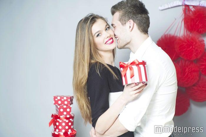 男性をドキドキさせるバレンタインのプレゼント5つ 友達から彼氏へ…(photo-by-tverdohlib/Fotolia)