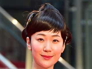 黒木華、しっとり着物でレッドカーペット登場「第29回東京国際映画祭」が開幕