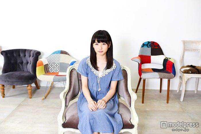 モデルプレスのインタビューに応じた桜井日奈子