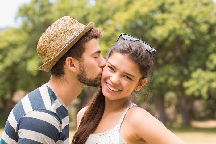 付き合ったばかりなのにキスの回数が減った場合は要注意(Photo-by-wavebreakmedia)