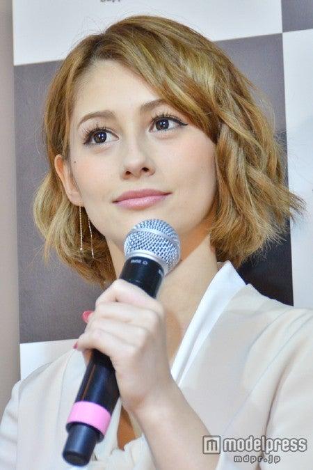 有吉弘行から痛烈な批判を受けたダレノガレ明美