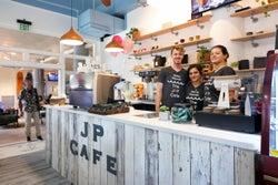 NY&LAスタイルの最新カフェ「J+P Cafe」がワイキキにオープン