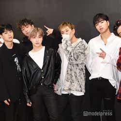 モデルプレス - iKON、大ヒット「LOVE SCENARIO」制作秘話・新たなユニット・年末授賞式裏側まで<「NEW KIDS」リリースインタビュー全文>