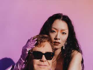 リナ・サワヤマ、「Chosen Family」でエルトン・ジョンとコラボ。