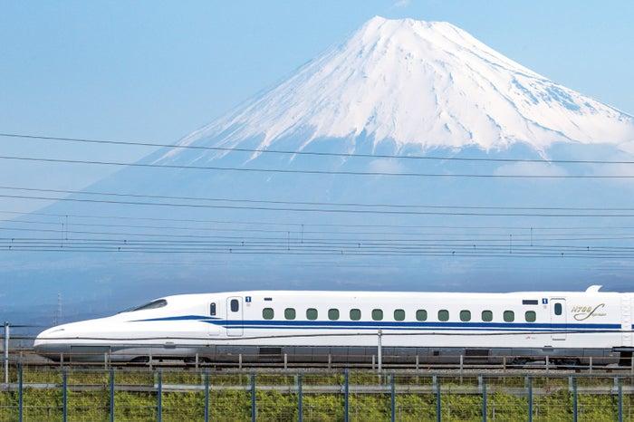 東海道新幹線(提供画像)