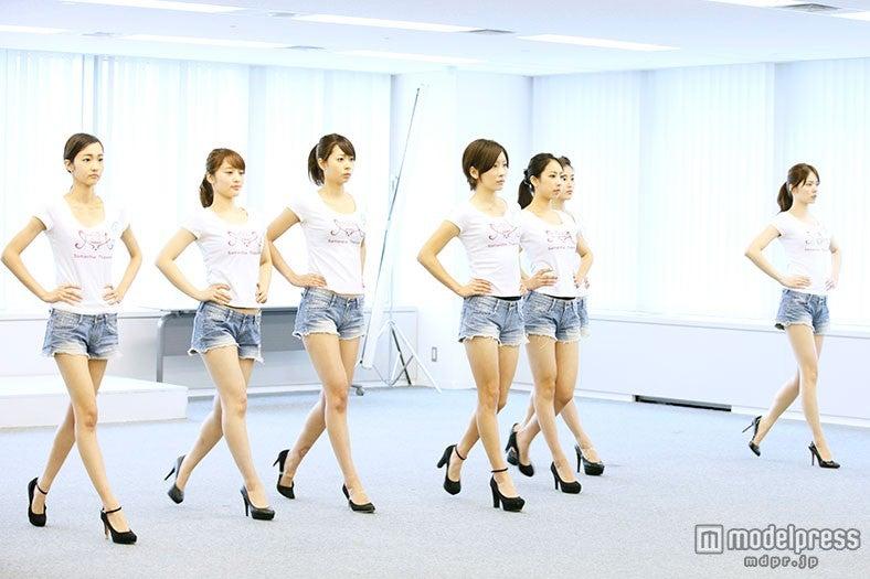 石田ニコル、筧美和子らを輩出「ワンライフモデルオーディション」新生モデルス8が美脚披露【モデルプレス】