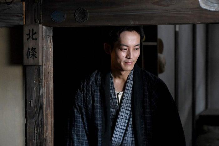 松坂桃李/「この世界の片隅に」第5話より(C)TBS