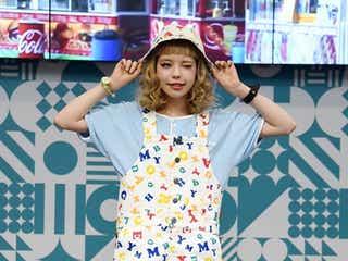 モデル・瀬戸あゆみ、こだわり抜いた作品でパリ女子にアピール 「JAPAN EXPO」で堂々ファッションショー