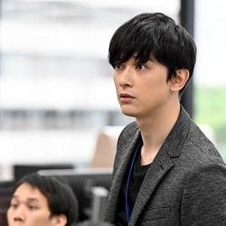 吉沢亮「半沢直樹」第3話予告に登場 スピンオフからの本編参戦に「待ってた」の声