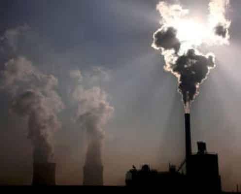 中国、エネルギー集約型産業に25年までの効率向上を指示