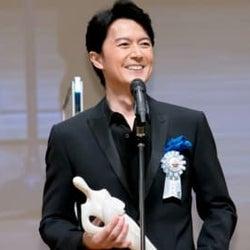 福山雅治「TAMA映画賞」最優秀男優賞を受賞 神木隆之介に感謝「何かおごります」