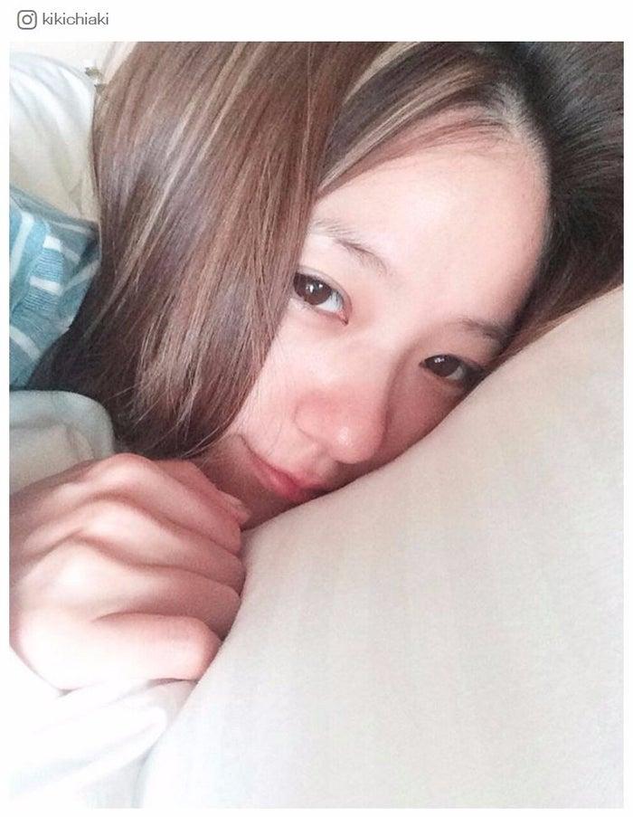 AAA伊藤千晃、寝起きすっぴんが「天使級の可愛さ」と反響 - モデルプレス