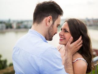 女性が「キスして欲しい」と感じる4つの瞬間