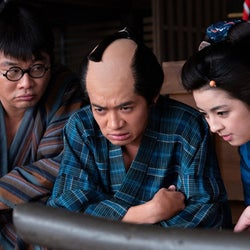 柳ゆり菜、女スリ役で和田正人とタッグ『やじ×きた』最終回