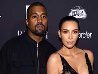 キム・カーダシアン&カニエ・ウェスト夫妻、代理母出産で第3子 名前も公表