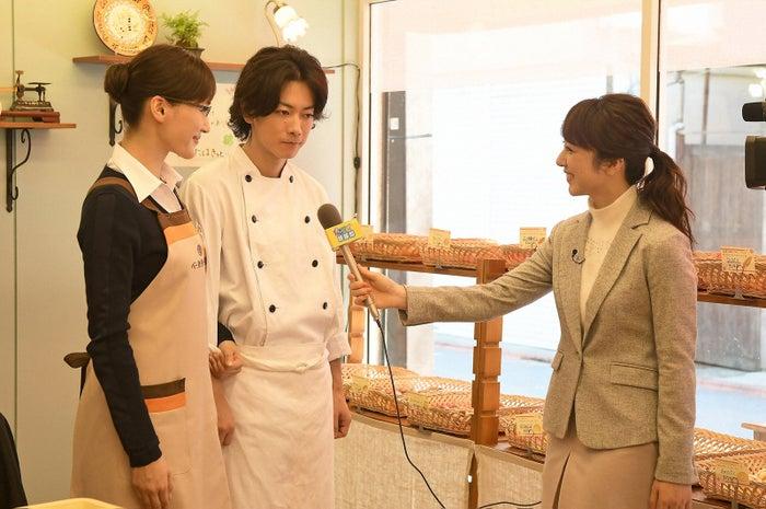 川田裕美(右)が「義母と娘のブルース」に出演(C)TBS