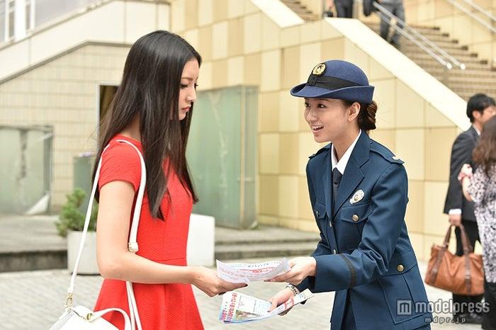菜々緒、岡崎紗絵/ドラマ「サイレーン」(画像提供:関西テレビ)