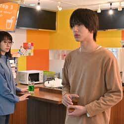 波瑠、中川大志/「G線上のあなたと私」第6話より(C)TBS