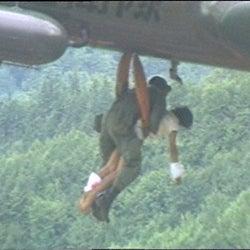日航ジャンボ機墜落事故から30年…未公開だった生存者の証言、内部資料を独自入手
