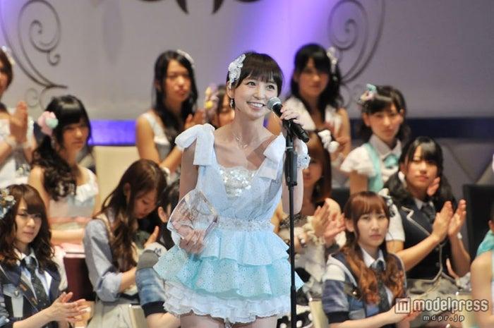 「AKB48 27thシングル 選抜総選挙 ~ファンが選ぶ64議席~」で5位を獲得した篠田麻里子