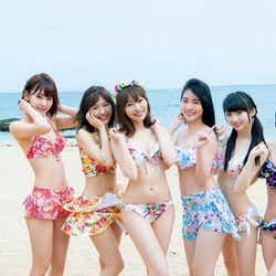 """モデルプレス - 指原莉乃・渡辺麻友・松井珠理奈ら""""神7""""水着ショットも!「AKB48選抜総選挙」ランクイン80人全員集結"""