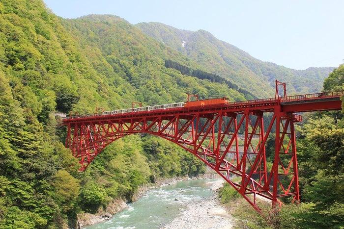 黒部峡谷トロッコ電車/画像提供:黒部峡谷鉄道