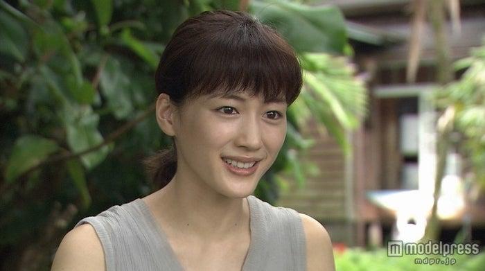 綾瀬はるか/「輝く女」(C)NHK