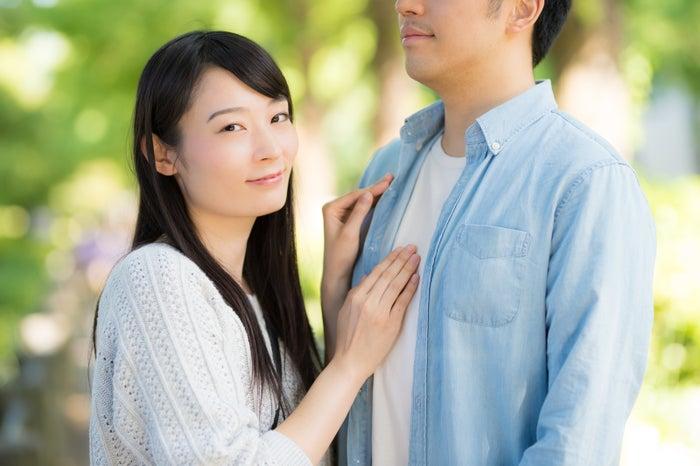 """男性が思う""""理想の身長差""""トップ5 どのくらいの差がベスト?/photo by ぱくたそ"""