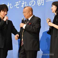 綾野剛、笑福亭鶴瓶、小松菜奈 (C)モデルプレス