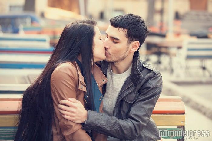 男性がドキッとする女性の仕草7つ|今すぐ使って彼を夢中にさせて(Photo by Masson)