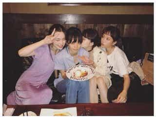 前田敦子、美女集結のプライベートショットに反響 幅広い交友関係に注目