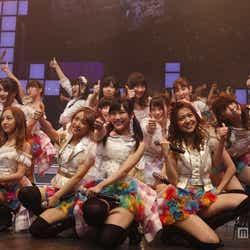 モデルプレス - AKB48ユニット祭り2013、一夜限りの豪華コラボが実現<セットリスト>