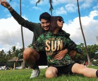島袋聖南、恋人・石倉ノアとハワイで年越し 密着2ショットを公開