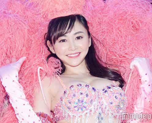 杉原杏璃、SEXYビキニ姿で「バーレスク東京」に降臨 艷やかパフォーマンスで会場熱狂