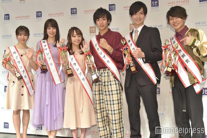 兼田日向子さん、福地礼奈さん、黒口那津さん、水澤崚さん、塙旺雅さん、吉家怜央さん(C)モデルプレス
