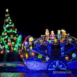 モデルプレス - ディズニー・クリスマス、TDS「カラー・オブ・クリスマス」公演 今年でフィナーレ