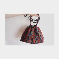 レトロでかわいい! 布の巾着バッグを秋のコーディネートに取り入れよう♥