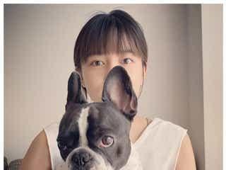 川口春奈、愛犬と一緒に星野源「#うちで踊ろう」コラボ「最強の癒やし」と反響
