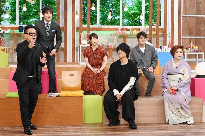 (前列左から)宮川大輔、斎藤工、IKKO(後列左から)羽鳥慎一、吉田沙保里、陣内智則(C)日本テレビ