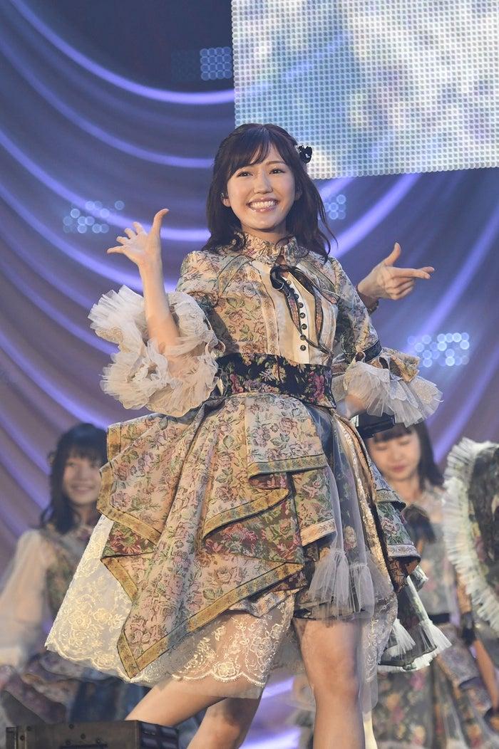 渡辺麻友/「AKB48グループ感謝祭~ランクインコンサート~(1~16位)」より(C)AKS