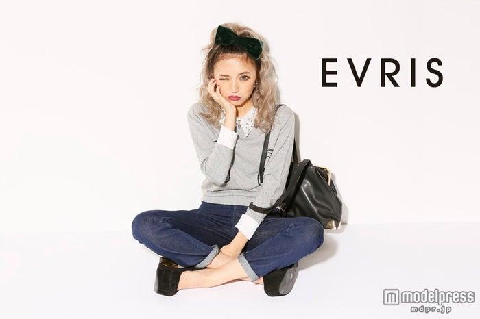 新ブランド「EVRIS(エヴリス)」をオープンさせた佐々木彩乃