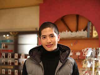 志尊淳、役者人生初の丸刈りに「役者冥利に尽きる」 山下智久の弟役は「新しい挑戦」
